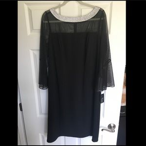 NWT Sheer Sleeve Evening Gown